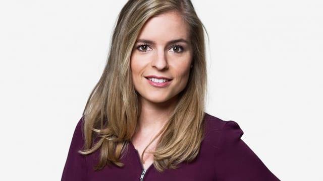 Porträt von Moderatorin Katharina Locher.
