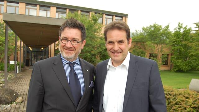 Stefan Otz (links), Tourismusdirektor Interlaken, Marcel Furer, Schulleiter in Thun der  Tourismusfachschule Luzern.