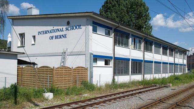 Das Schulgebäude der International School.