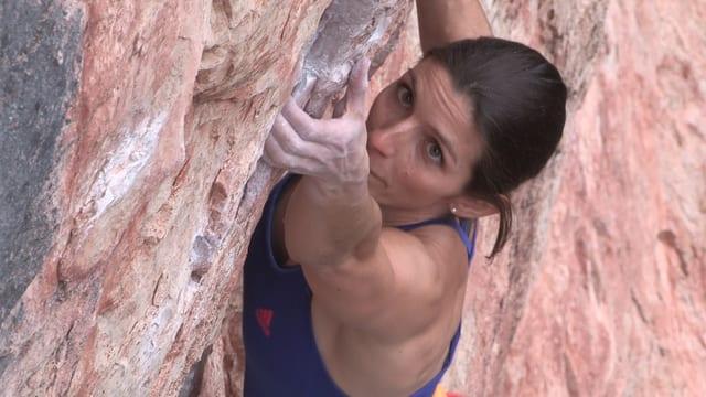 Video «Christina in der Steilwand: Was bisher nur Männer schafften» abspielen