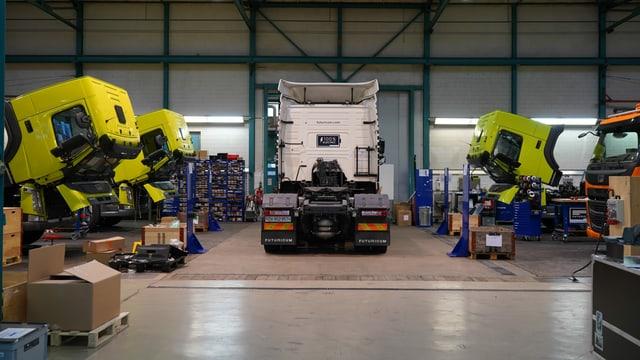 Lastwagen in der Designwerk-Halle
