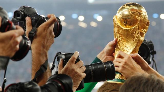 Auch in Zukunft können 13 europäische Teams um den begehrten WM-Pokal kämpfen.