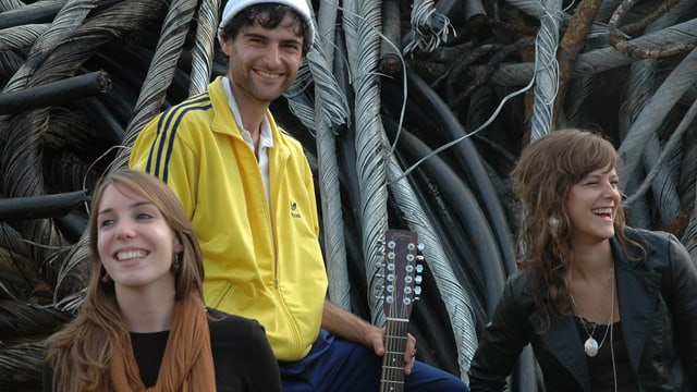 Las musicistas ed il musicist da sanester: Simona Caminada, Lorenz Aenis e Claudia Lombris.