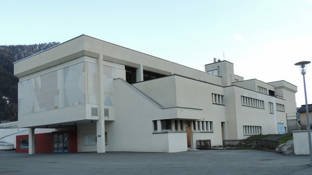 Chasa da scola da Zernez