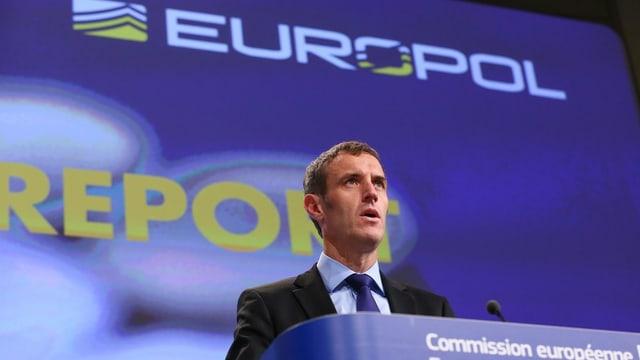 Il directur dad Europol, Rob Wainwright.
