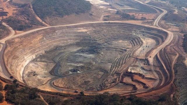 Vogelperspektive auf eine Kupfermine in der Demokratischen Republik Kongo