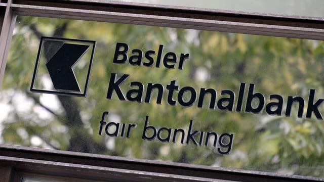Ein Schild der Basler Kantonalbank