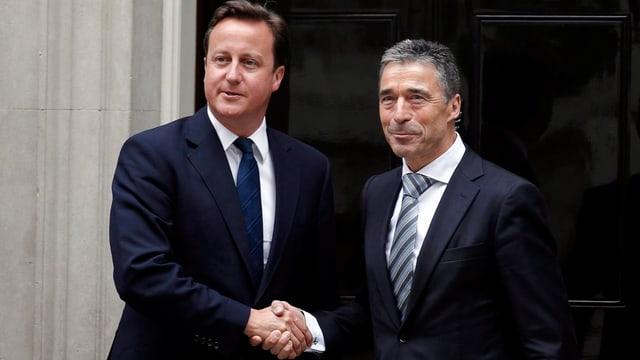 Cameron und Rasmussen