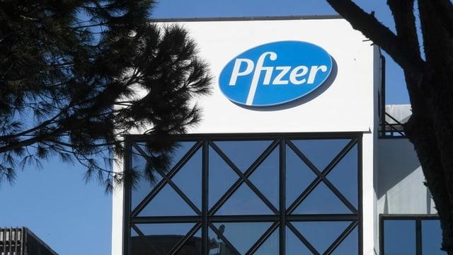 purtret dal logo da Pfizer