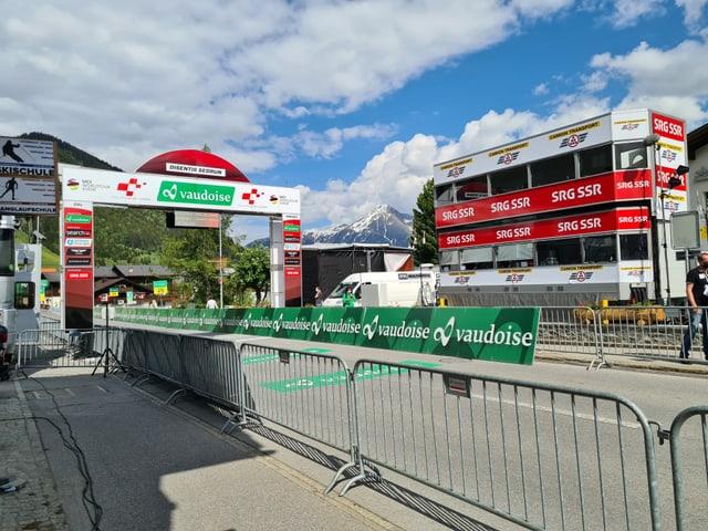 L'arrivada dal Tour de Suisse era serrada per il public.