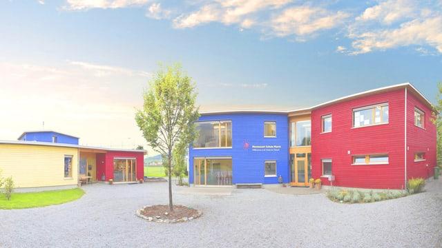 Gebäude in verschiedenen Farben