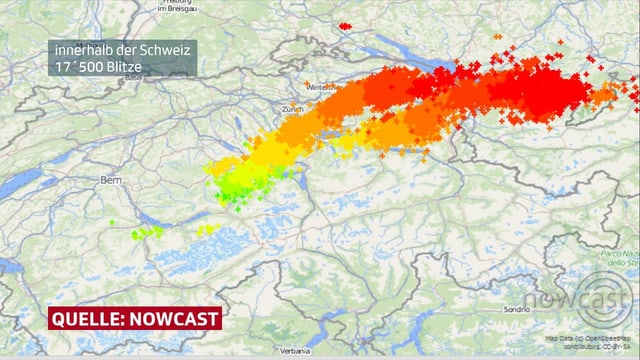 Karte mit farbigen Kreuzen für Blitzeinschläge.