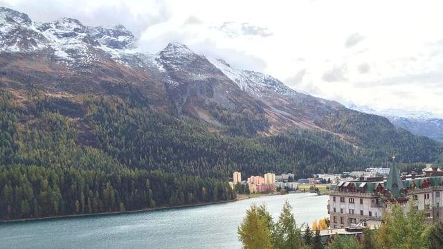 St.Moritz an einem grauen Herbsttag.