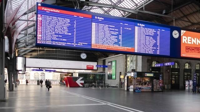 Bahnhofshalle am Zürcher HB.