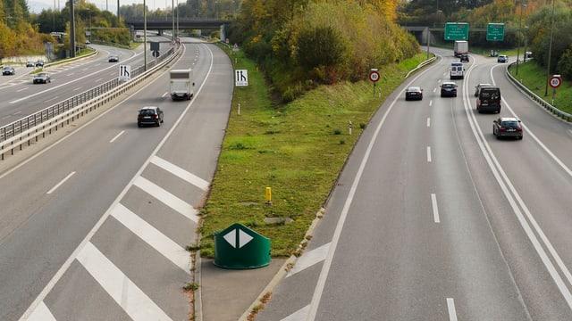 Autobahn-Verzweigung.