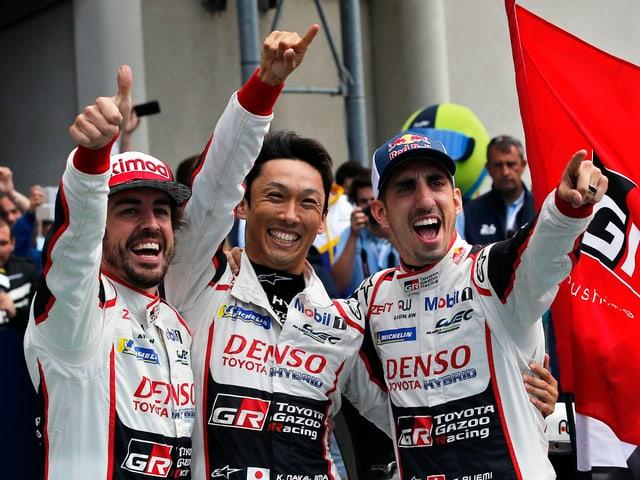 Fernando Alonso, Kazuki Nakajima und Sébastien Buemi.