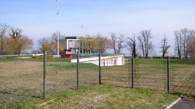 Auf diesem Grundstück in Uttwil am Bodensee entsteht die erste «Gated Community» der Schweiz.