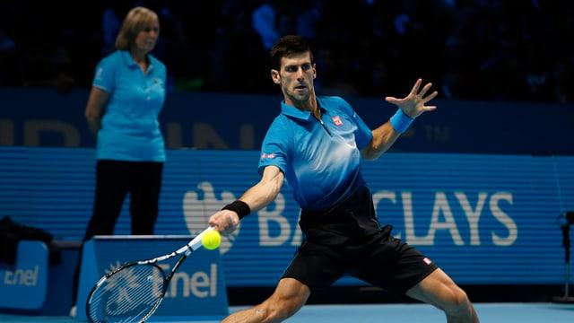 Novak Djokovic durant il gieu da tennis