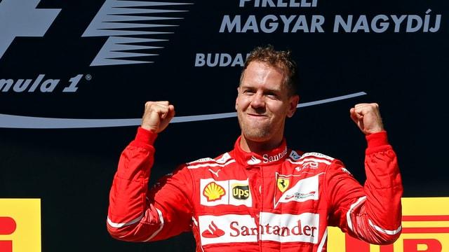 Sebastian Vettel selegra sin il podest