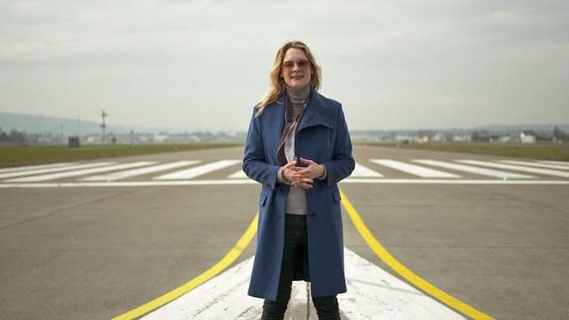Video «Mit Eva Wannenmacher vom Flugplatz Dübendorf» abspielen