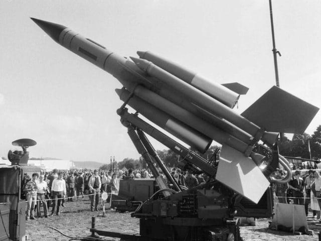 Eine grosse Rakete
