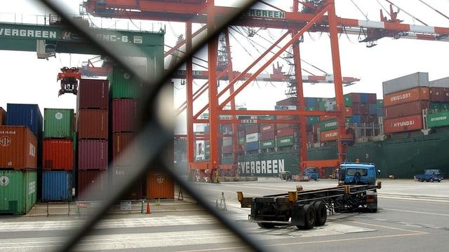 containers al port da mar