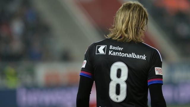 Basels Birkir Bjarnason geht weg.