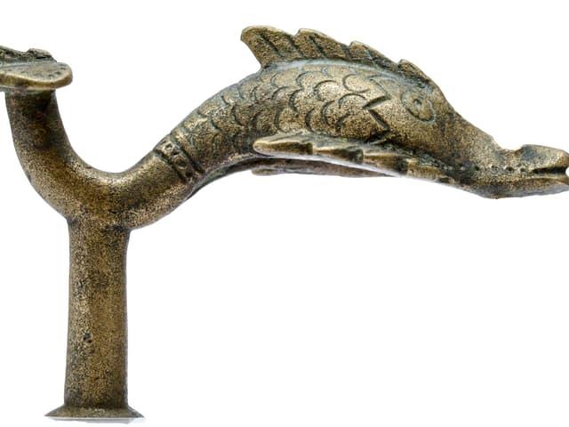 Prestigeobjekt: ein Delfin als Wagenbeschlag, gefunden in St.Margrethen.