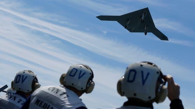 Erster Start einer Drohne X-47B von einem Flugzeugträger vor der Küste von Virginia am 14. Mai.