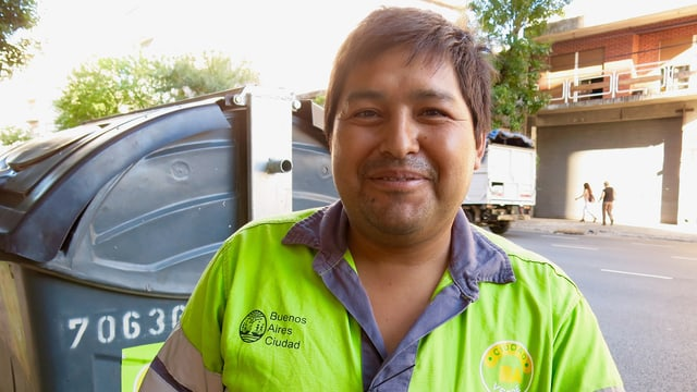 Müllmann Ariel Soto aus Buenos Aires.