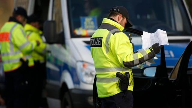 polizists controlleschan