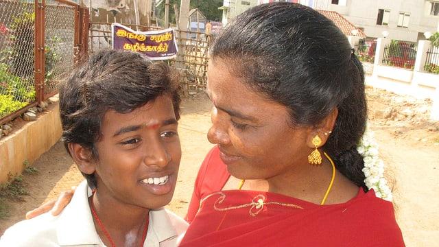 Video «GEOlino: Indien - Haare für die Götter (3/10)» abspielen
