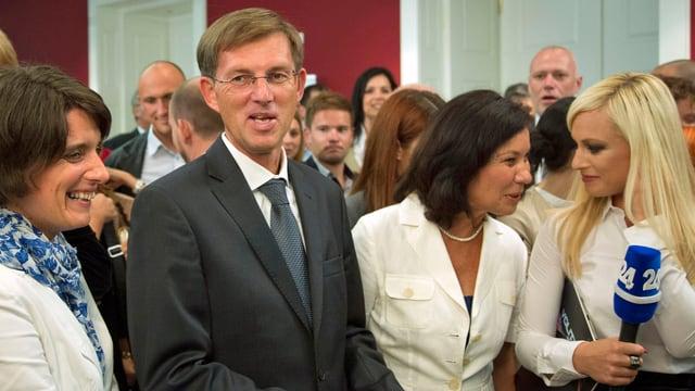 Er ist der politische Senkrechtstarter in Slowenien: Miro Cerar will Slowenien von der Korruption befreien.