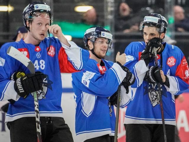 Die EVZ-Spieler nach dem Aus in der Champions Hockey League.