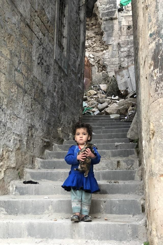 Kind in Aleppos Gassen, 22.12.17
