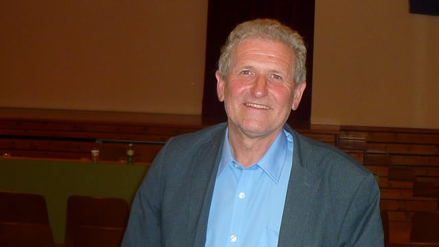 Il nov president da Laax Franz Gschwend suenter la radunanza communala.