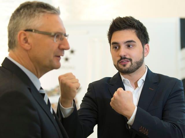 Andreas Glarner mit seinem neuen Nationalratskollegen Cédric Wermuth