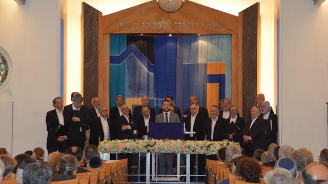 Häbrisch mit Kippa, Mundart mit Sennenkäppi: Der Synagogenchor sorgte für die Musik.
