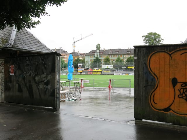 Eingang Fussballplatz