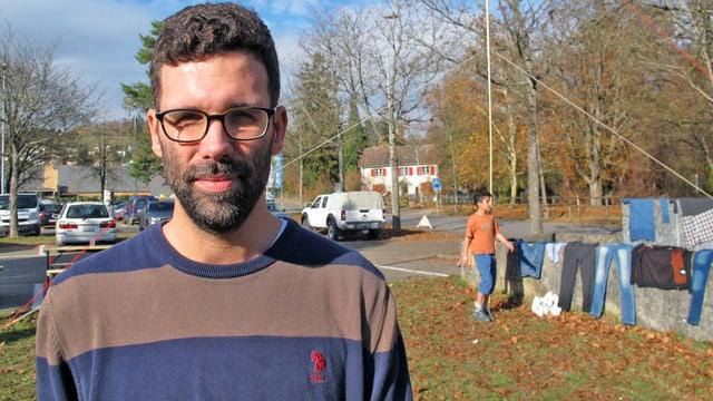 Der Schaffhauser Asyl- und Flüchtlingskoordinator Andi Kunz bei der Zivilschutzanlage Breite.