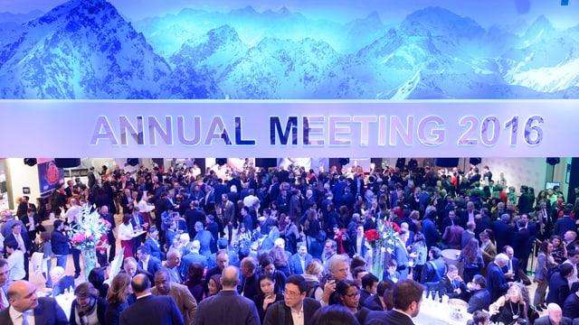 Einblick ins Kongresszentrum in Davos