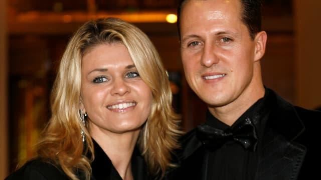 Corinna und Michael Schumacher lächelnd