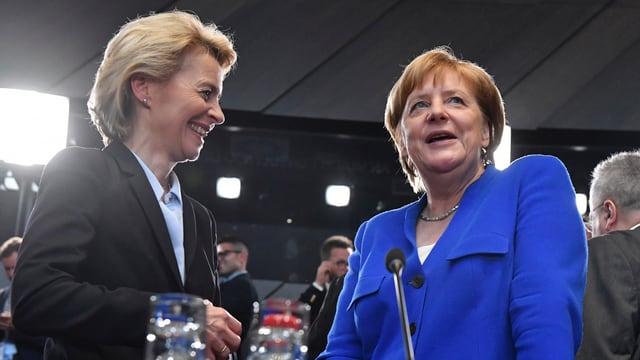 Ursula von der Leyen und Angela Merkel