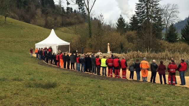 Die ganze Belegschaft der Kronospan nahm an der Gedenkfeier in Menznau teil.