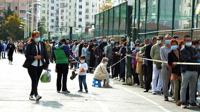 Qingdao: Massentest der Bevölkerung