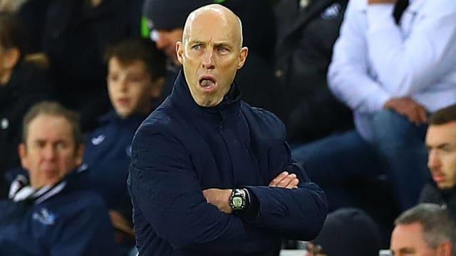 Swansea entlässt Bradley