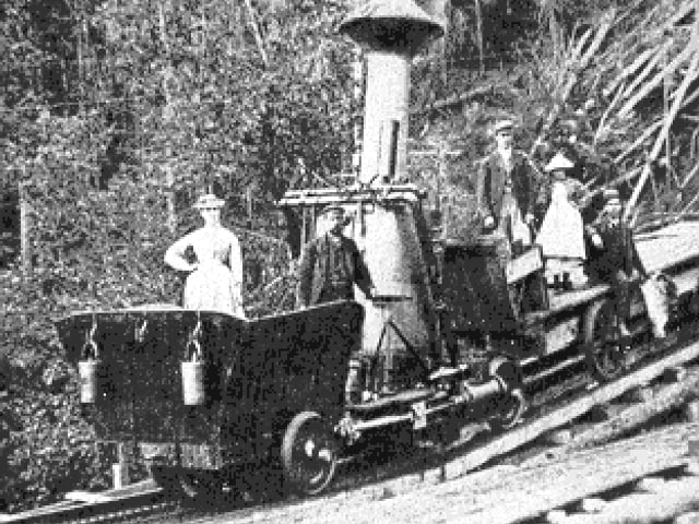 Historische Aufnahnme einer Zahnradbahn auf den Mount Washington