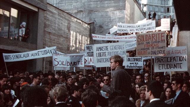 Video «Mai 68 – Die Vorzeichen» abspielen
