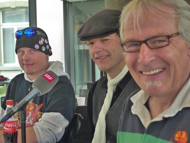 Zu sehen sind die drei Moderatorin Marco, Bernd und Daniele.