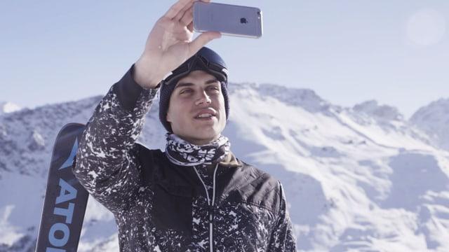 Video «Rückwärts auf den Skiern: Elias Ambühls Weltrekordversuch» abspielen